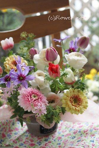 【今日の贈花】遠くに住むお友達へお花でお祝い Flower note の 花日記 (横浜・上大岡 アレンジメント教室)