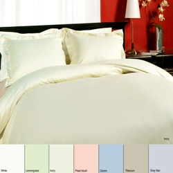 @Overstock - Update your bedroom decor with this cozy duvet cover set. This bedding set is available in denim, white, titanium, lemon grass, pearl blush, gray lilac, and ivory color options.http://www.overstock.com/Bedding-Bath/Royal-Velvet-315-Thread-Count-Sateen-Duvet-Cover-Set/2566362/product.html?CID=214117 $49.99