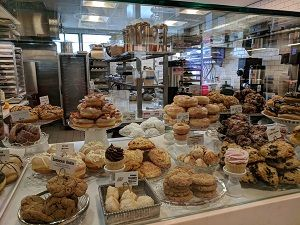 The bakery goods became my winter wonderland! You can watch them bake inside Minneapolis Airport, flight delays sweetened up.