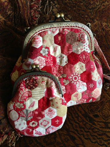 Thimble Stitch: Adorable hexie purse - with links to pattern supplies