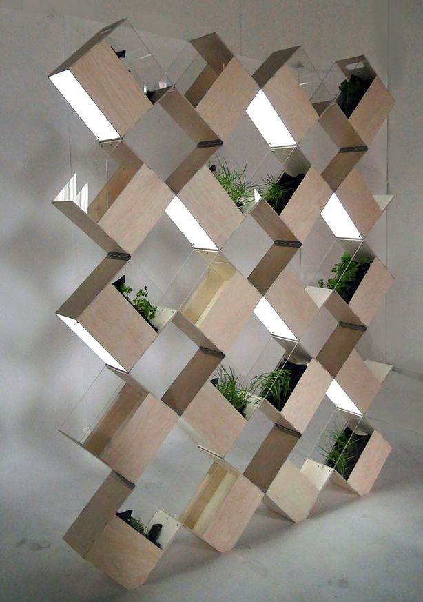 Divide and Cultivate With This Indoor Vertical Garden on http://www.urbangardensweb.com