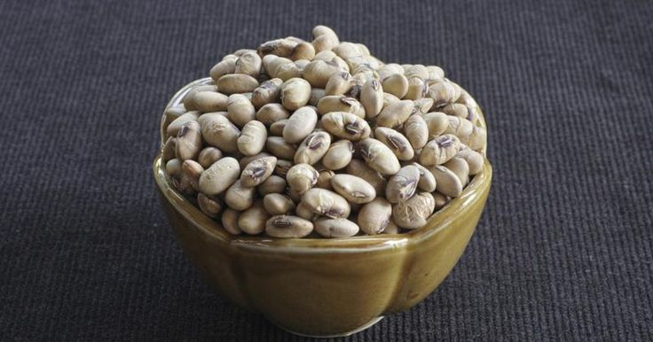 If you are looking for a nutritious, convenient snack to try as an alternative to less healthy snack foods, roasted soybeans may be worth considering. They are ready-to-eat and rich sources of protein and other essential nutrients. Roasted soybeans are high in calories, and they are healthiest when you eat them in moderation as part of an overall...