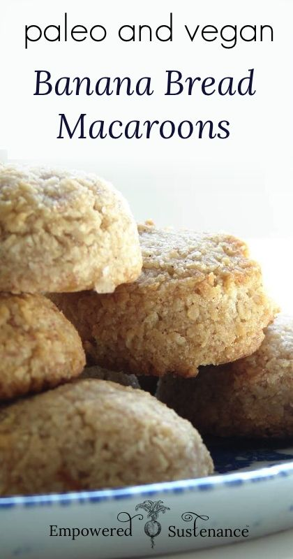 Banana Bread Macaroons (Egg free) - I think this recipe will make almost everyone happy, since it is grain, dairy, nut, AND egg free. Banana bread makes me think of the winter months. #food #paleo #grainfree #glutenfree #vegan #eggfree #dessert #snack #bananabread #macaroons