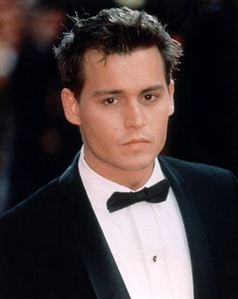 Johnny Depp ♥ My ultimate celebrity crush, hands down. I watch every movie he's ever in, even if it's a 3 second cameo. I know. It's bad. Anyway, enough about me *Swoooon* ♥: Eye Candy, Depp Cakes, Johnny Depp, Beautiful Men, Handsome Guys, Beautiful People, Johnnydepp, Hot Guys, Favorite Celebrity