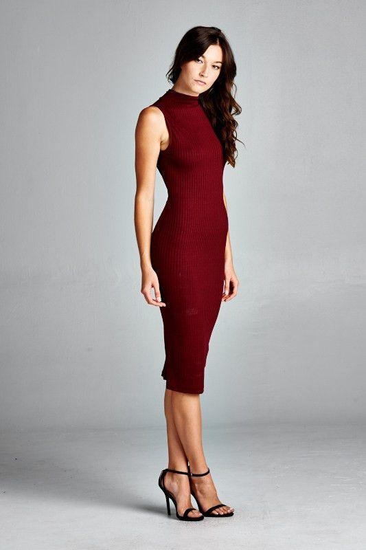 Ribbed Burgundy Midi Dress