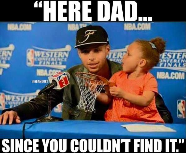 Riley Curry right now. #HelpingDad #Warriors (Credit: Trey Howard) - http://humorandfail.com/funny-and-fail-photos/riley-curry-right-now-helpingdad-warriors-credit-trey-howard