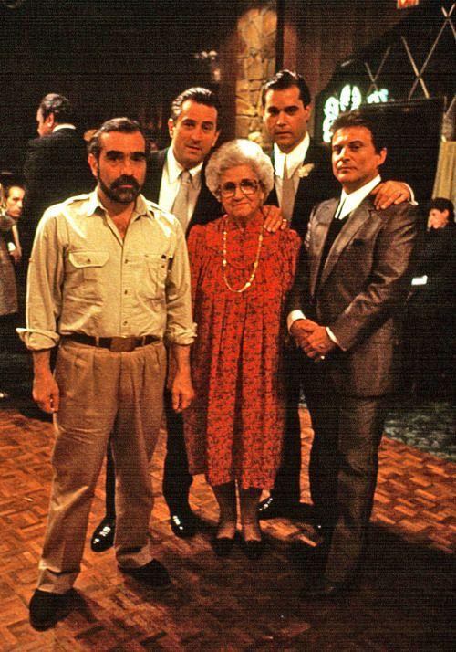 Martin Scorsese, Robert De Niro, Catherine Scorsese, Ray Liotta and Joe Pesci on the set of Goodfellas, 1990