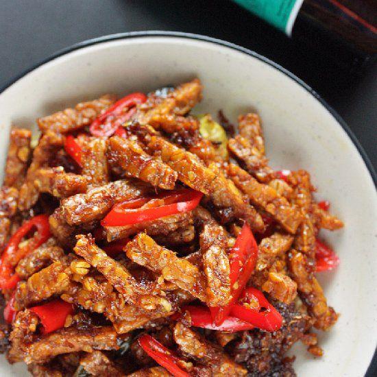 Tempe kecap - fried tempeh in Indonesian sweet soy sauce (kecap manis)