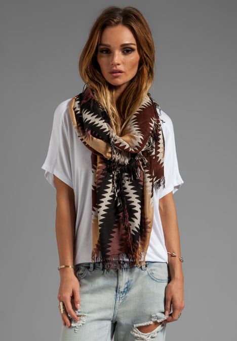 that scarf..