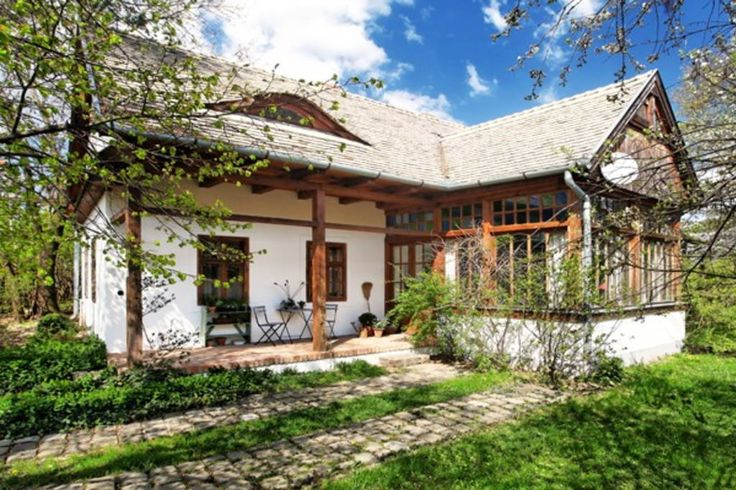 Villa in Szirák, Hungary. Just one hour drive from Budapest, in Hungary's Nograd region, our country house is ideal for hedonists seeking the simple pleasures of life in a beautiful and comfortable setting.    Superbly designed yet cozy, specious and full of light,this is ...