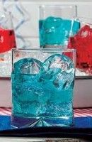 Recette Blue Shark 4 cl de vodka   4 cl de tequila   1 cl de curaçao bleu
