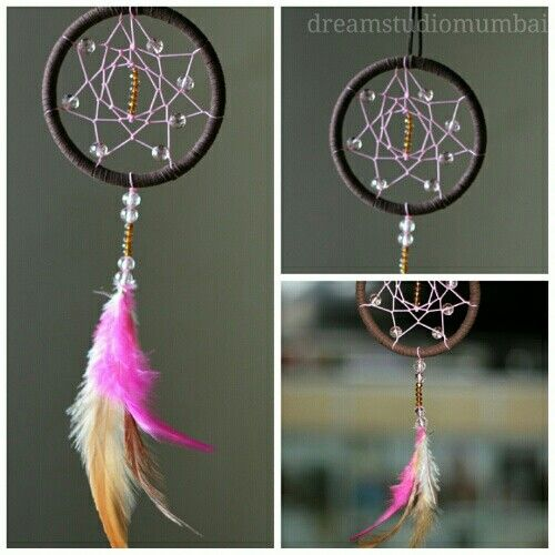 I just love this sparkly dreamcatcher.. Maybe hang in my car..:)