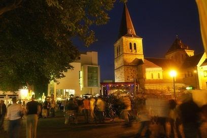 Centrum Heerlen, altijd gezellig! #pinyourcity We lived just down the street the the centrum!