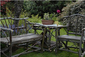 love twig furniture!