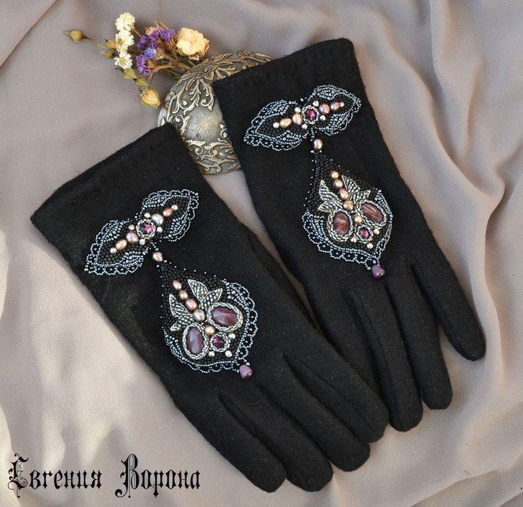 Купить Перчатки с вышивкой - перчатки с вышивкой, варежки с вышивкой, кожаные перчатки, замшевые перчатки