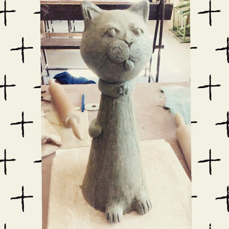Ceramic cat 😻