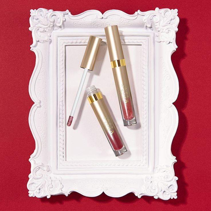 Stila Glitterati Top Coat changes everything — your lips will sparkle on! (Trust us, get your camera ready.) #Stila