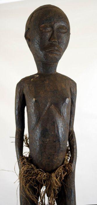 Catawiki Online-Auktionshaus: Männliche Ahnenfigur BONGO / DINKA - Süd Sudan - sehr selten !