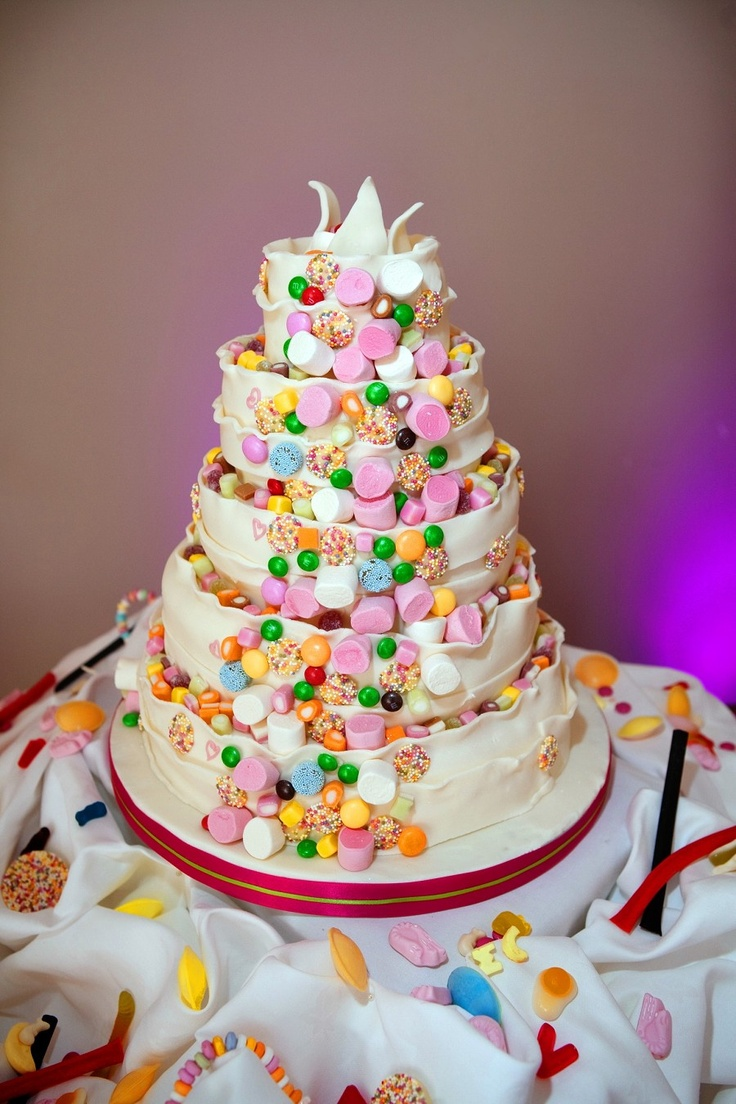 candy bar wedding cakes 204 best images about cakes on chocolate 12347