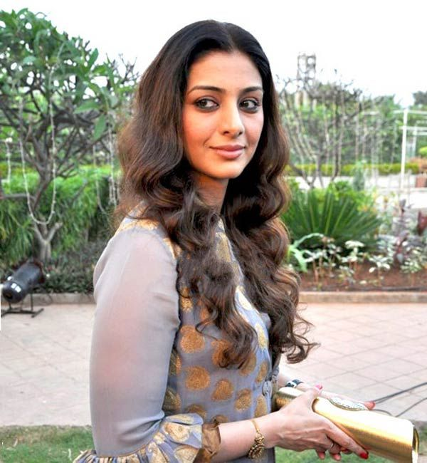 Is Tabu replacing Vidya Balan in Kamala Das' biopic, Aami? #Tabu #Bollywood #Aami http://www.glamoursaga.com/tabu-may-play-the-role-in-the-malayalam-biopic-aami/