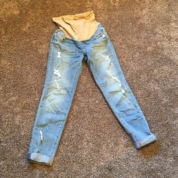 A pea in the pod maternity boyfriend style jeans! Maternity boyfriend jeans worn maybe 3 x A Pea in the Pod Jeans Boyfriend