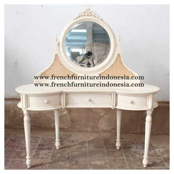 Order Demerlang Dresser Table From Shabby Chic Furniture. We are reproduction 100 % export Furniture manufacturer with French furniture style,vintage furniture style,shabby chic style and high quality Finishing. This Dresser Mirror Table is made from mahogany wood with good quality and treatment process and the design has a strong contruction, suitable to your home. #HomeFurniture #ClassicFurniture #FurnitureProject #CustomFurniture #GalleryFurniture