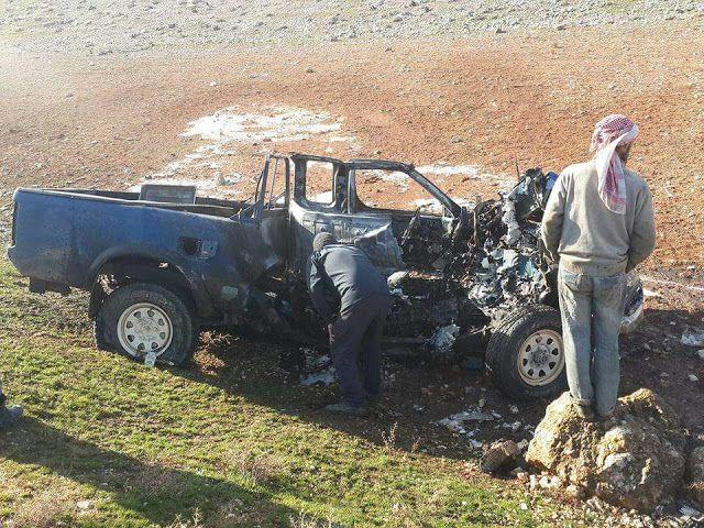 2 Komandan Jabhah Fath al-Sham Syahid Terkena Serangan Drone 2 Komandan dari Jabhah Fath al-Sham Abu Ikrima al-Tunisi dan Abu Anas al-Masri bersama dengan 6 mujahidin lainnya dikabarkan syahid. Mereka menjadi target serangan Drone di Saraqib Provinsi Idlib yang dilancarkan pasukan khusus Amerika.  Foto evakuasi dari lembaga kemanusiaan di Idlib Rabu (11/1/2017)  Tercatat beberapa tokoh penting dari kelompok Jabhah Fath al-Sham telah menjadi target serangan Drone Amerika sejak awal tahun 2016…