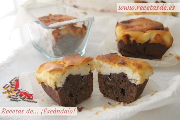 Brownie de chocolate y tarta de queso con nueces                              …