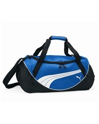 """PUMA - Teamsport Formation Small Duffle - PM18  View Size Specification  Catalog Page: 0         400-denier dobby polyester with 600-denier TPE material blocking      Ventilated shoe pocket on one side       Internal pocket      Handle at top with Velcro closure      Padded adjustable removable strap       Structural piping      Reverse tape zippers with soft touch zipper pulls with PUMA logo      Raised rubberized sonic weld PUMA® cat logo on front      Size: 20"""" x 10 1/2"""" x 10"""""""