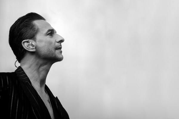 Dave Gahan @ Delta Machine Tour (on route to LA now! woohoo!!!)