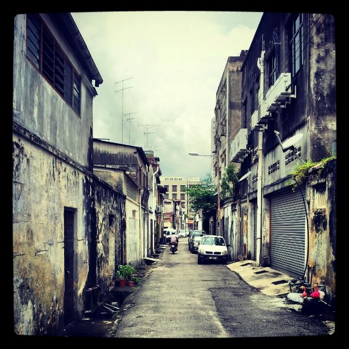 Behind Bunga Raya St