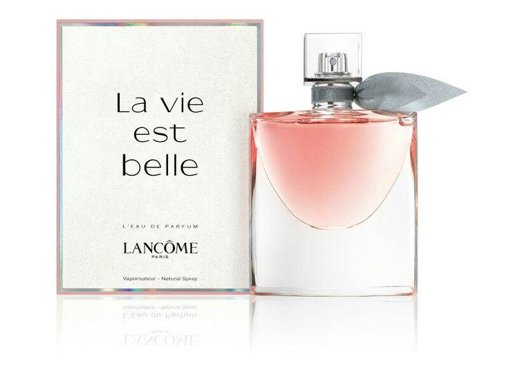 La vie est belle eau de parfum  Een heerlijke luxe geur in een mooie flacon. Een echte must have wanneer je op zoek bent naar een luxe, vrouwelijke geur.