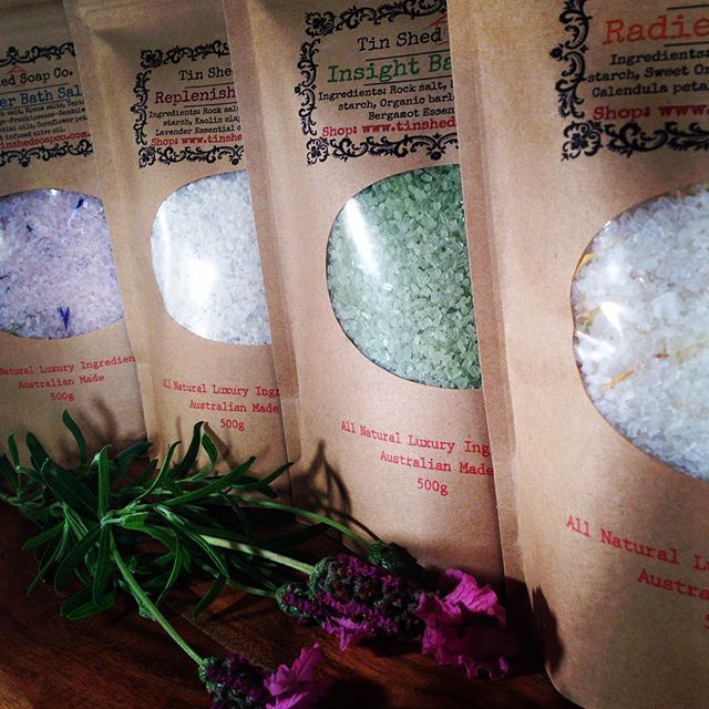 Packaging our botanical bath salts