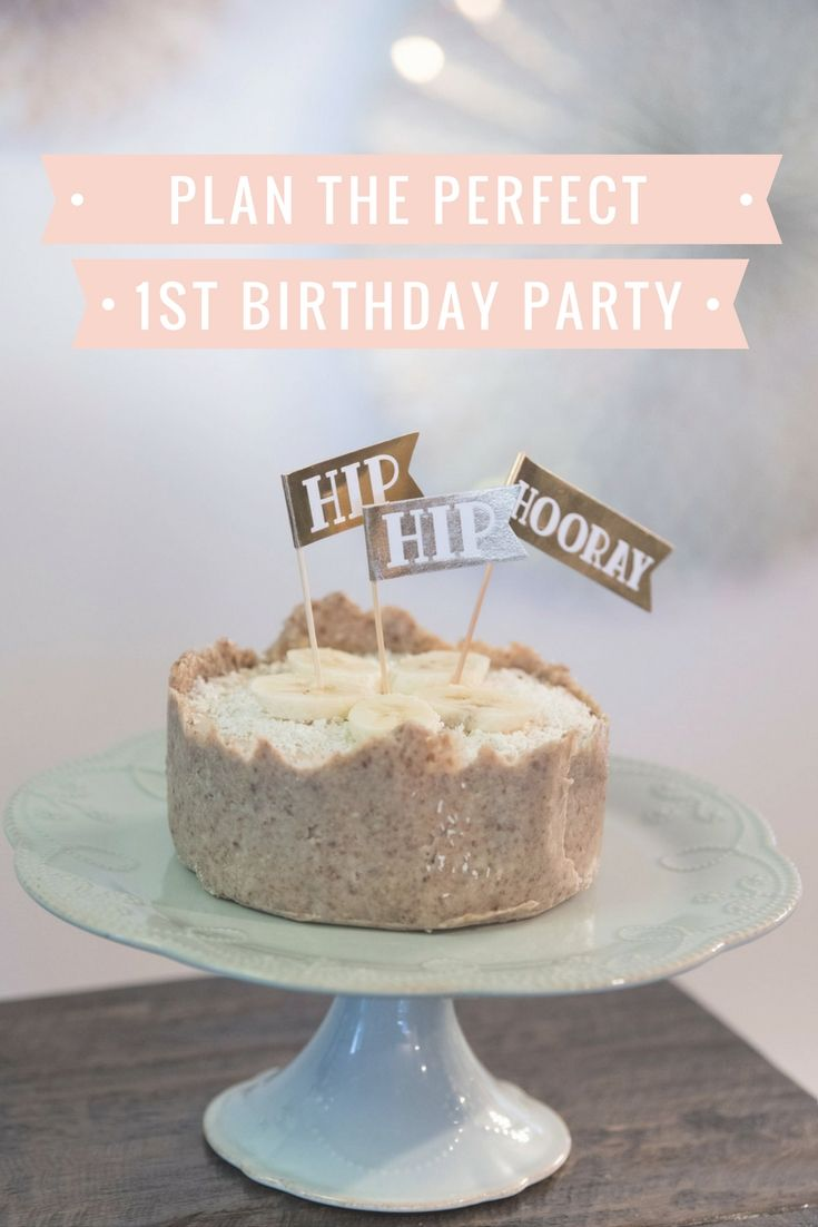 Looking for a healthy birthday cake for your baby's first birthday? Here are two delicious vegan, sugar free, grain free, gluten free cake recipes! Any kid will love the taste of these cakes and you will too :)