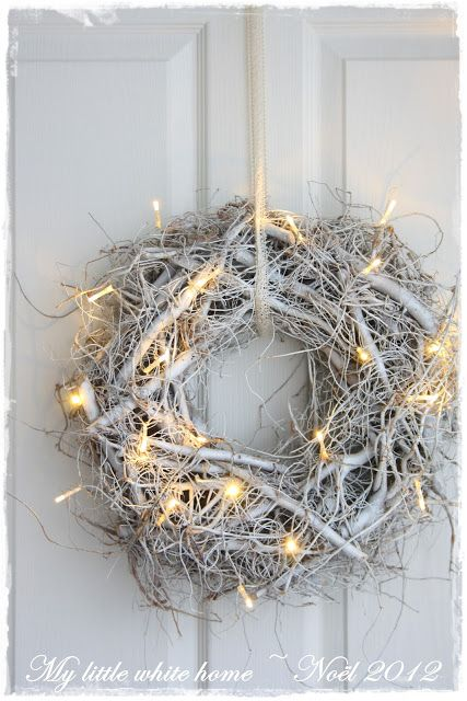 Whites and lights wreath   Colours of Christmas   White