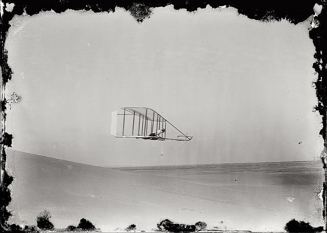 U.S. Kitty Hawk. Wilbur Wright flying in October 1902 // photo by his brother Orville  / by Pasa la vida, via Flickr
