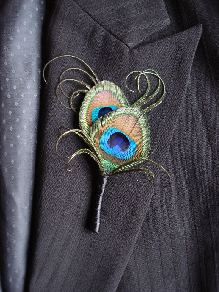 Peacock Feather Boutonniere, Peacock Boutonniere, Peacock and Pearl Boutonniere, Peacock Wedding Boutonniere or Corsage, Groomsmen, Groom by Axentz on Etsy