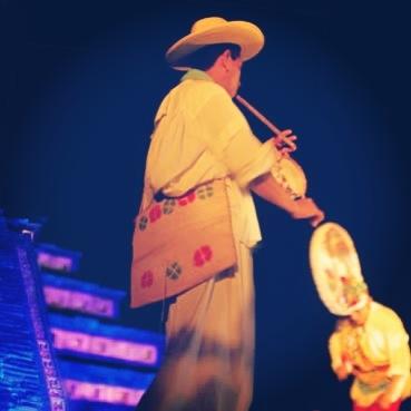 Ritmo y #movimiento de la #danza en la #CumbreTajin http://www.turismoenveracruz.mx/2013/03/ritmo-y-movimiento-de-la-danza-tradicional-totonaca-en-cumbre-tajin-2013/ #Veracruz #Papantla #Mexico