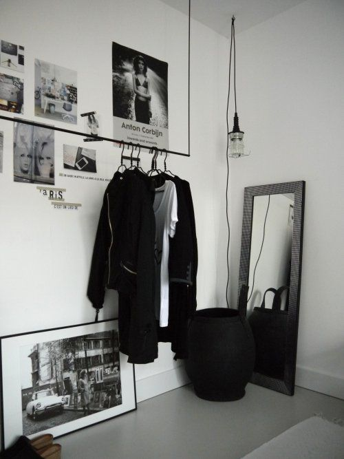LightbulbMoment!!:  As soon as I saw this clothes-hang, I decided that I no longer want 'robes....yup....that's correct.  It makes sense...for this gal whose mission it is, to nail the CapsuleCollection ─ with  her black, (&moreblack!) white, dove-&-concrete grey, and all manner of inky-blues colour-way!  You see everything (convenient); it's aesthetically pleasing (hello art!), and your precious pieces can breeeeathe ;D  Oh, and THIS way,  the collection remains 'capsule' *wink