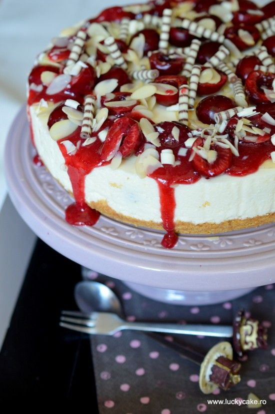 White chocolate and cherry cheesecake