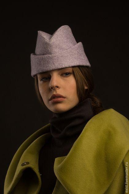 Купить или заказать Демисезонная шапочка-пилотка в интернет-магазине на Ярмарке Мастеров. Демисезонная шапочка-пилотка с отворотом, из шерсти, на подкладке, розовая утеплена слоем синтепона, но можно сделать без утепления , от этого функциональность не страдает. эта модель может быть в другой ткани и цвете, в наличии есть ткань по качеству как сиреневая букле- фиолетовая, темно-бирюзовая, терракотовая, голубая.
