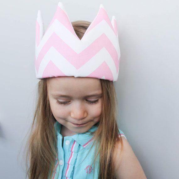 Pink Zigzag Crown
