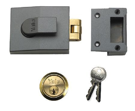 Yale Roller Bolt Lock 81 At Door furniture direct we sell high quality products at great value including Yale Roller Bolt Deadlock 81 in our Nightlatches and Yale Locks range. We also offer free delivery when you spend over G http://www.MightGet.com/january-2017-12/yale-roller-bolt-lock-81.asp