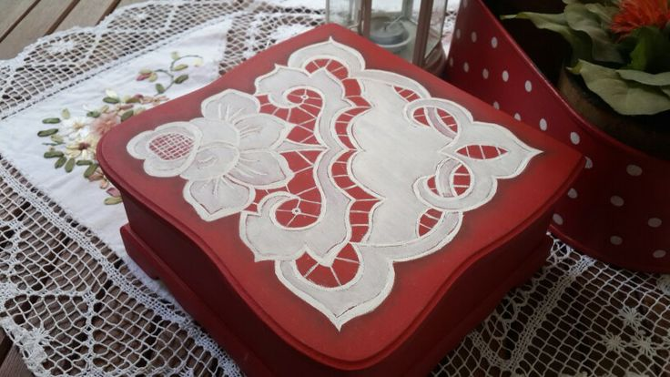 Hand painted lace on box...