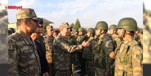 Akardan Telafer konusunda kararlılık mesajı : Genelkurmay Başkanı Orgeneral Hulusi Akar Şii milis gücü Haşdi Şabinin Telafere 15 kilometre yaklaştığına ilişkin bilgilerin Ankaraya ulaşmasından sonra kuvvet komutanlarıyla Şırnaktaki birliklere yaptığı denetleme ziyaretini bugün de sürdürdü. Geceyi Silopideki tümende geçiren Akar bugün tüm...  http://www.haberdex.com/turkiye/Akar-dan-Telafer-konusunda-kararlilik-mesaji/78187?kaynak=feeds #Türkiye   #Akar #Telafer #taki #birliklere #Şırnak