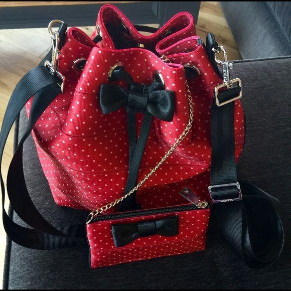 Harveys Seatbelt Bag Disney Minnie Mouse Set Disney Minnie Mouse Harveys…