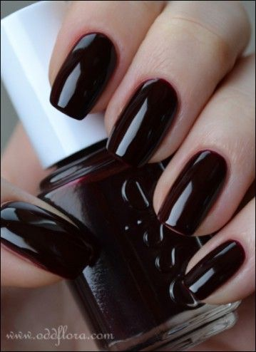 """Essie """"Material Girl"""" I need this in my life!!"""