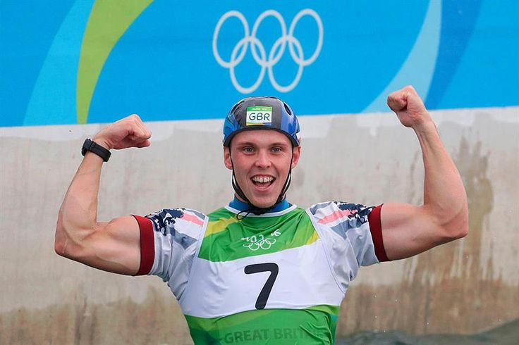 Clarke wins men's K1 canoe slalom in Rio 2016