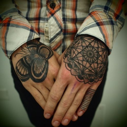 Art: Fashion Style, Butterflies, Tattoo Patterns, Hands Tattoo, Geometric Tattoo, Fingers Tattoo Design, Design Tattoo, Mandala Tattoo, Fashion Tattoo