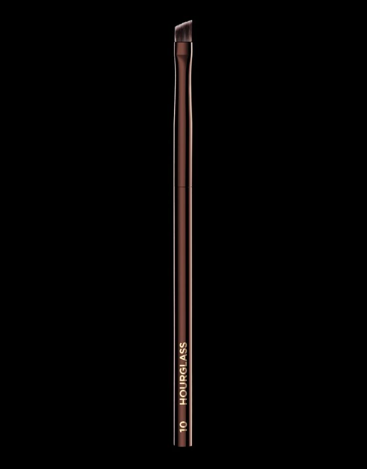 Nº 10 Angled Liner Brush